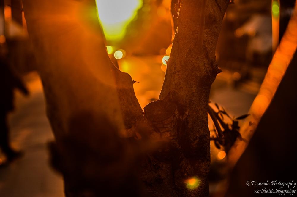 γιαννης τσουμαλης, γιάννης τσούμαλης,  πειραιώς, ήλιος, δρόμος, αθήνα απόγευμα,  a world's attic, A worlds attic, giannis tsoumalis, worldsattic.blogspot.gr, στο χορό των εποχών, Αθήνα, μια ιστορία
